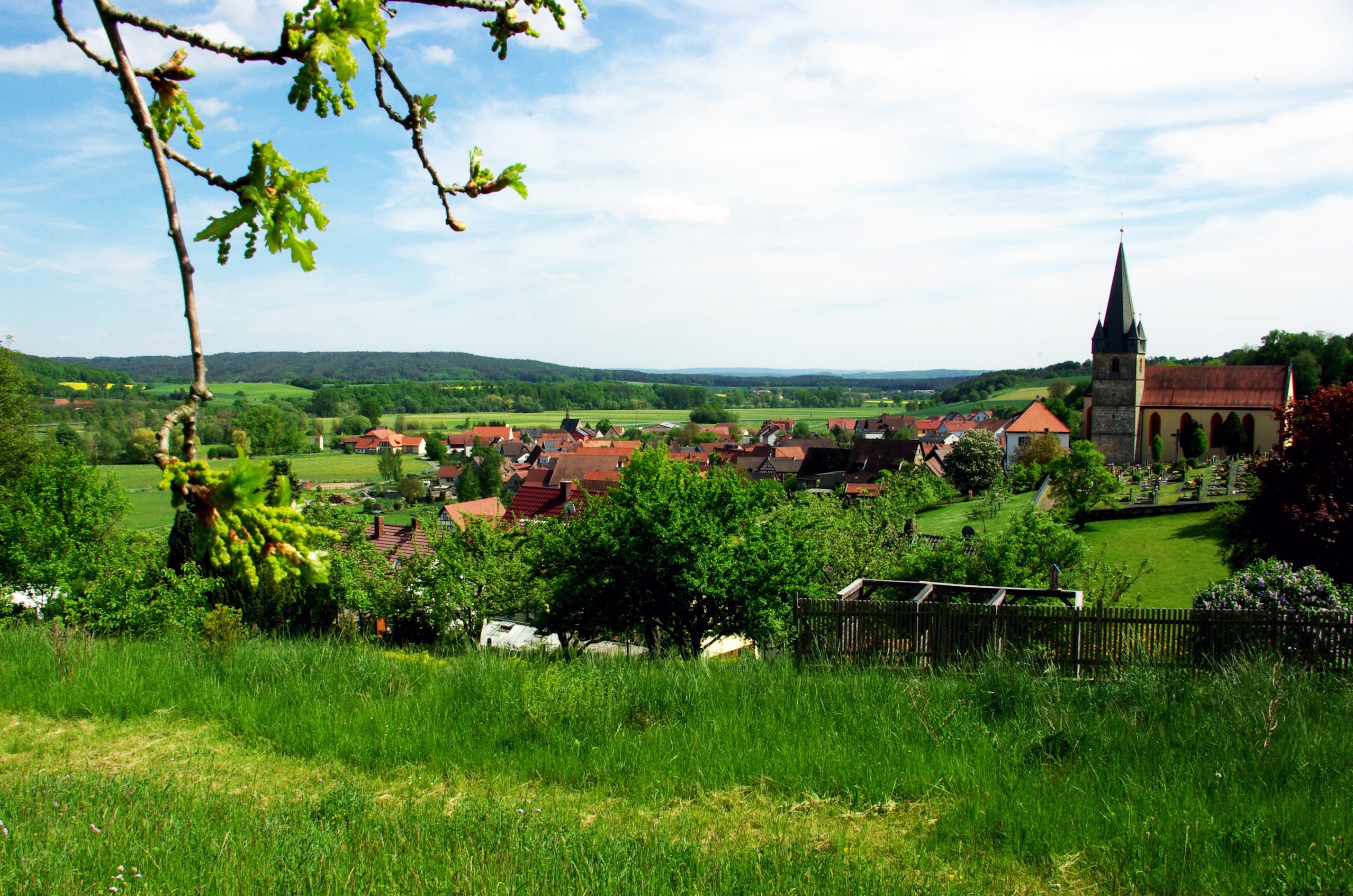 Blick auf Mürsbach im Sommer
